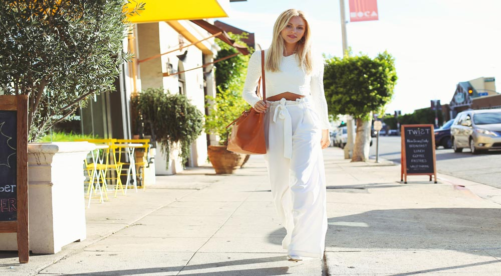 wear white linen pants fashion trend