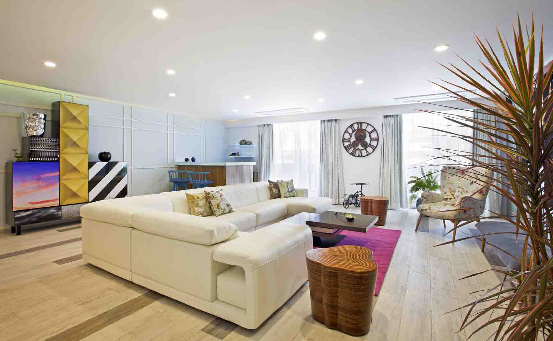 FADD Studio – Farah and Dhaval contemporary residence