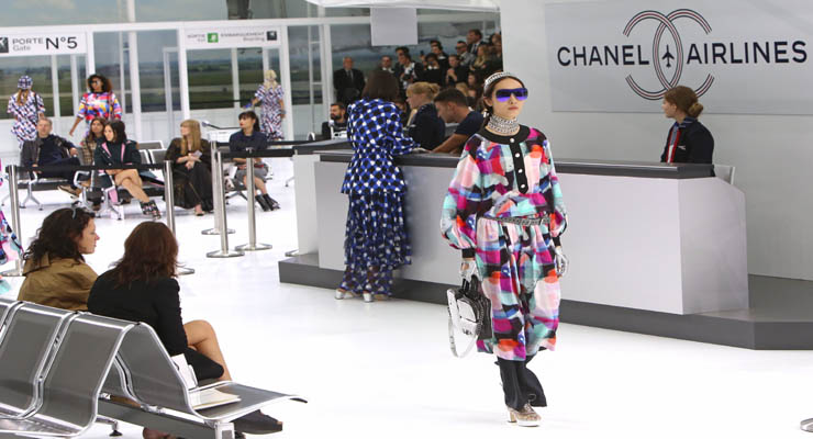 Paris Fashion Week Spring/Summer 2016 - Chanel - Catwalk Featuring: Model Where: Paris, France When: 06 Oct 2015 Credit: SIPA/WENN.com **Only available for publication in Germany**