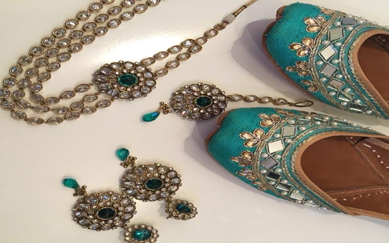 Kundan work Punjabi earrings with tikka – traditional jewellery