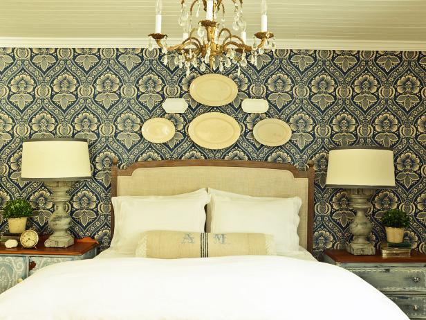 original_marian-parsons-bedroom-fabric-wall-beauty1-jpg-rend-hgtvcom-616-462