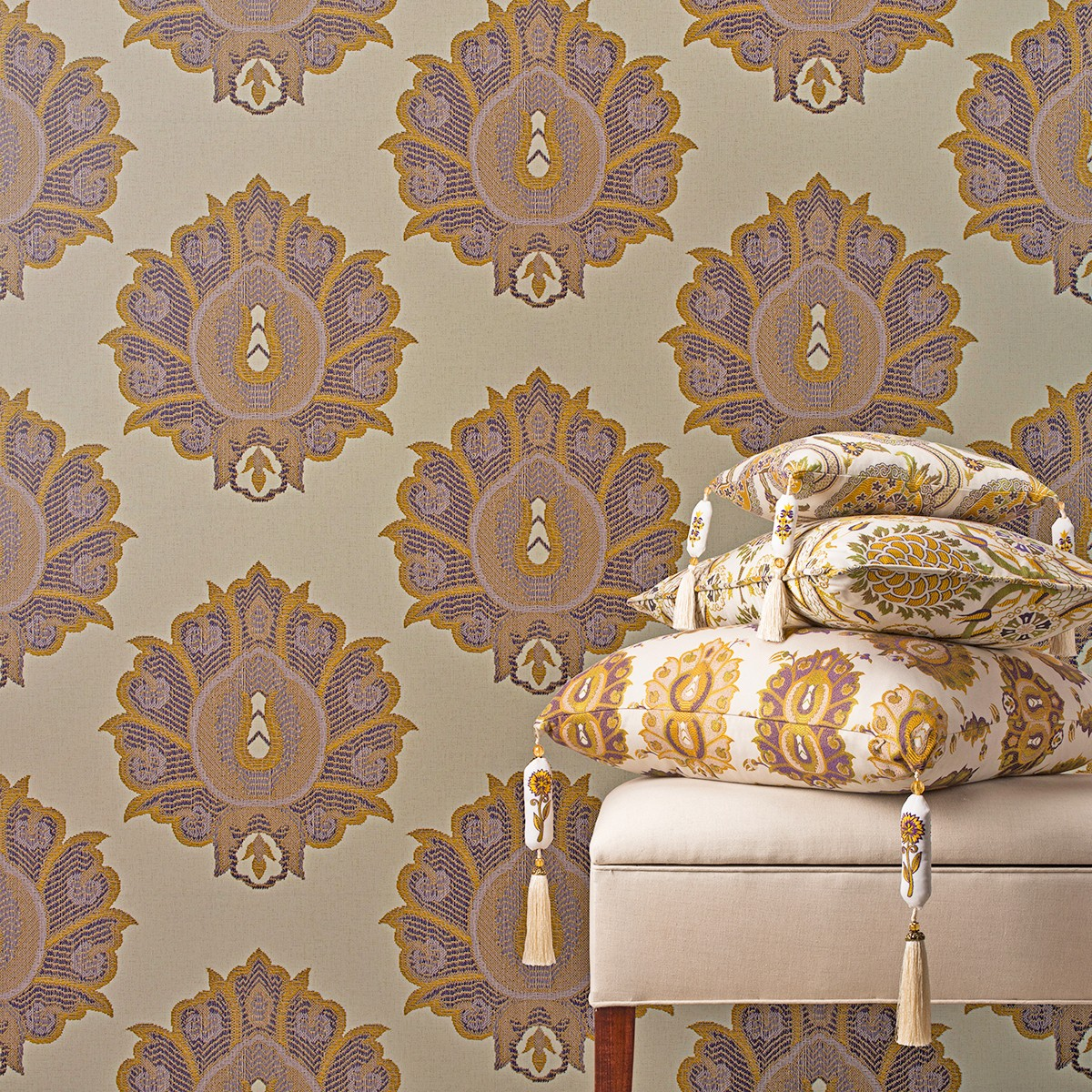 style3-hikmet-violet-luxury-ornate-wide-width-wallcovering-wallpaper
