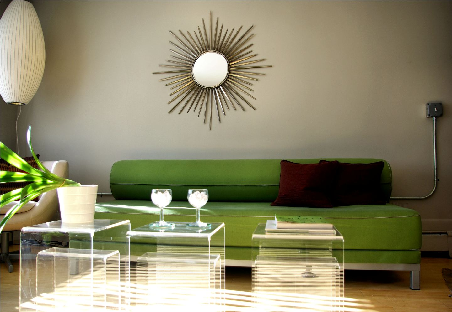 Green couch décor – Green sofa living room