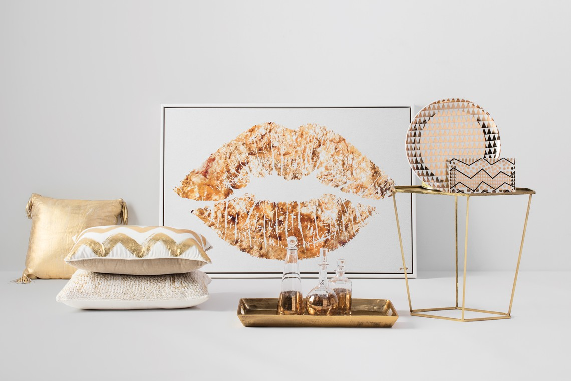 white and gold girls nursery décor