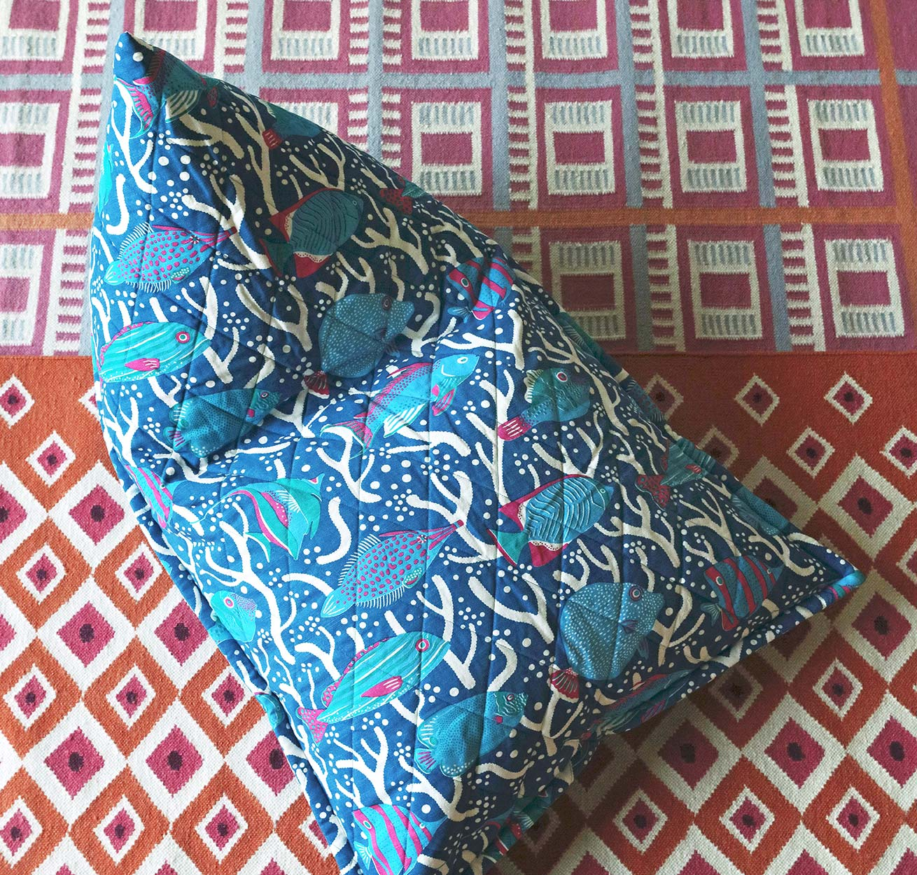 BLUE OCEAN REEF QUILTED BEAN BAG